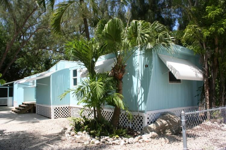 212 Buttonwood Avenue, Key Largo, FL 33037