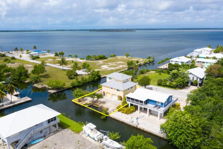 3707 Pine Street, Big Pine Key, FL 33043