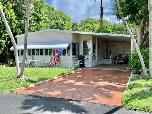 805 N Topaz Avenue, Key Largo, FL 33037