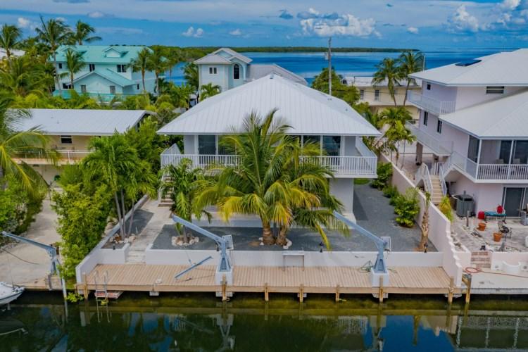 413 S Coconut Palm Boulevard, Plantation Key, FL 33070