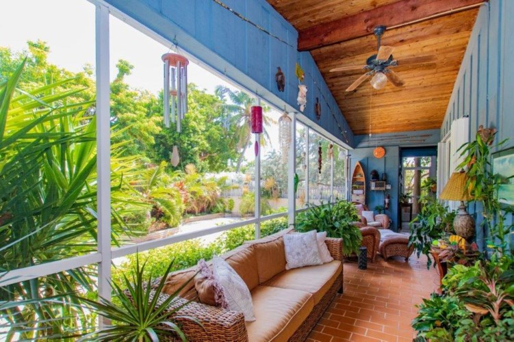 178 Coral Avenue, Plantation Key, FL 33070
