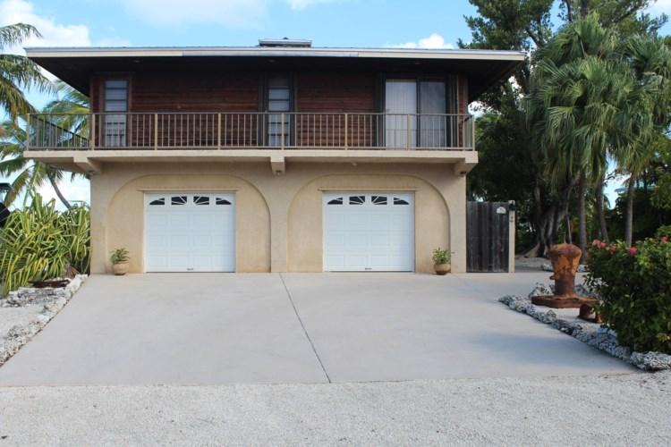 17091 Marlin Drive, Sugarloaf Key, FL 33042