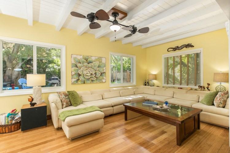 278 Gardenia Street, Plantation Key, FL 33070