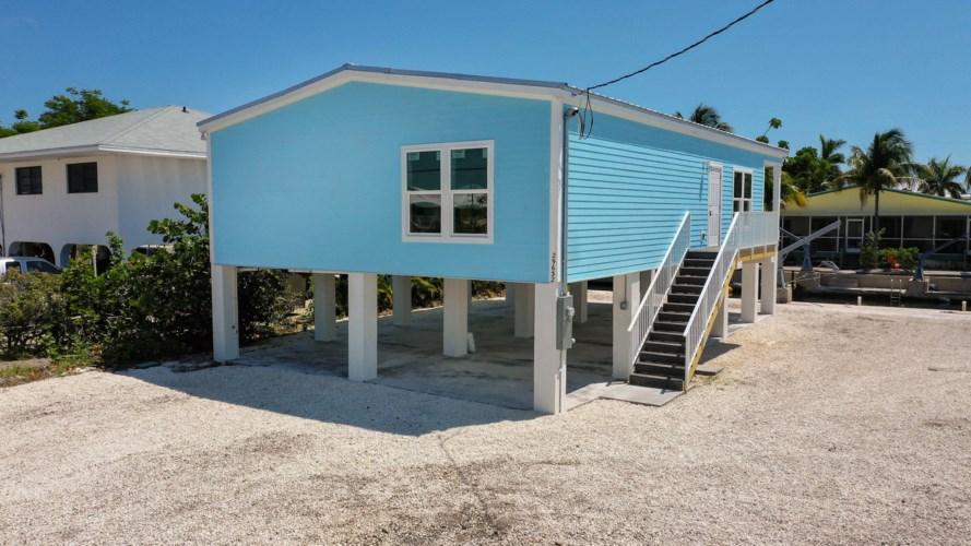 27333 Saint Martin Lane, Ramrod Key, FL 33042