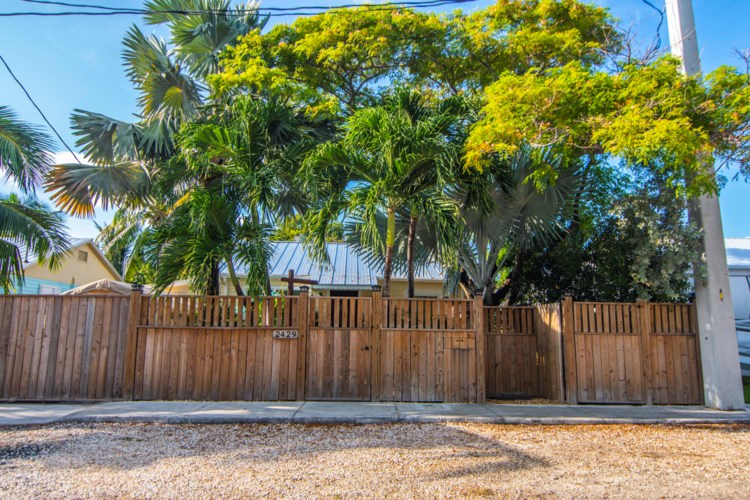 2429 Fogarty Avenue, Key West, FL 33040