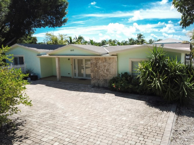 849 Ellen Drive, Key Largo, FL 33037