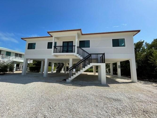 235 W Seaview Drive, Duck Key, FL 33050
