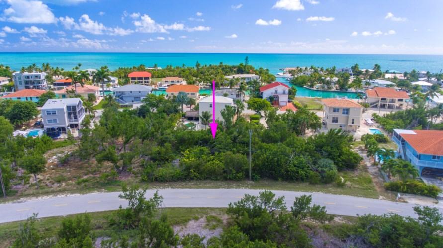 140 S Bahama Drive, Duck Key, FL 33050