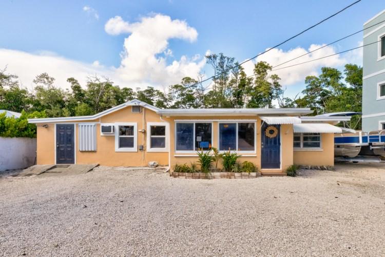 66 Tarpon Avenue, Key Largo, FL 33037