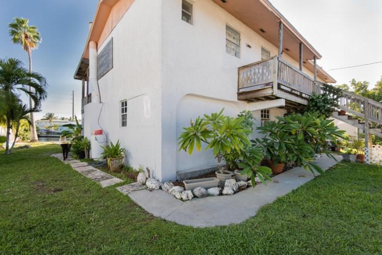 206 Shore Avenue, Big Coppitt, FL 33040