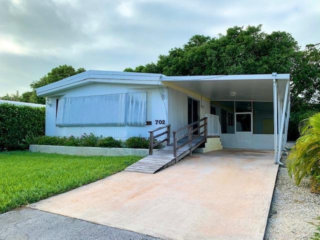 702 N Silver Circle, Key Largo, FL 33037