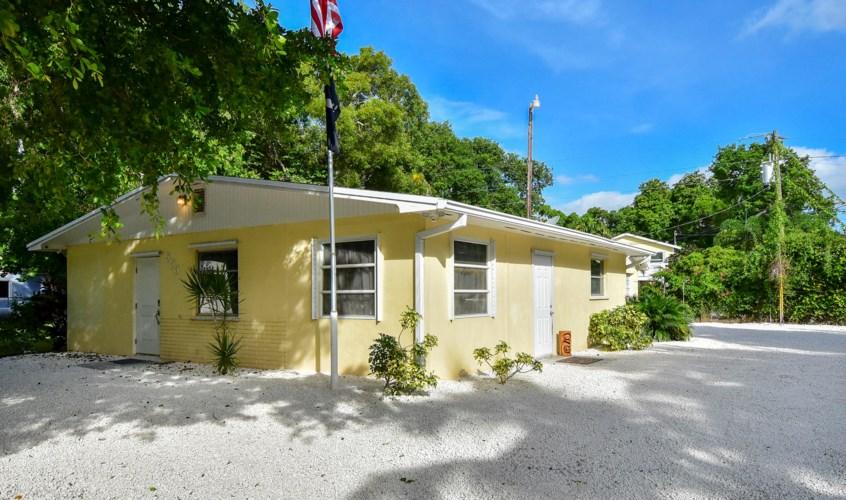 553 Palm Drive, Key Largo, FL 33037