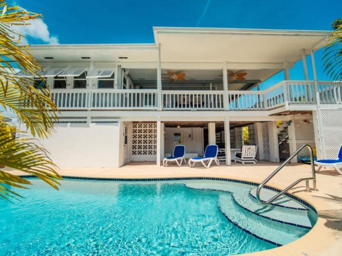 876 Gulf Drive, Summerland Key, FL 33042