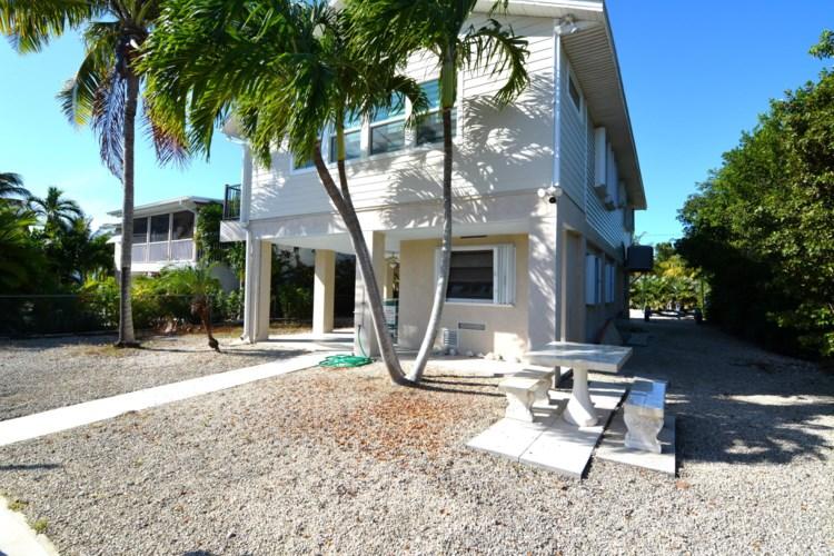 1585 Pandorea Lane, Big Pine Key, FL 33043