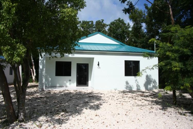 106 S 106 Bay Harbor Drive, Key Largo, FL 33037