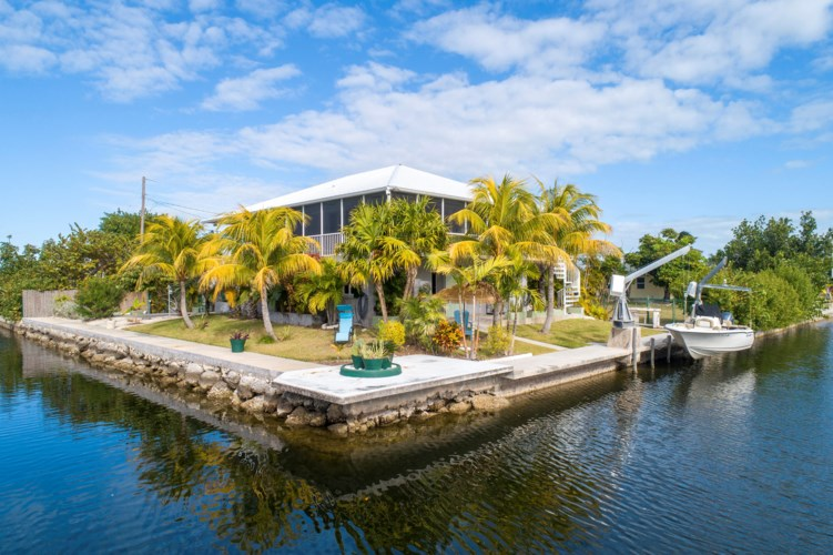 30322 Warbler Lane, Big Pine Key, FL 33043