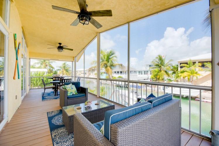 637 E Caribbean Drive, Summerland Key, FL 33042