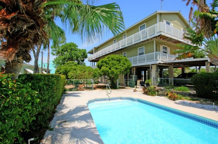 1642 Churchill Downs, Key Largo, FL 33037