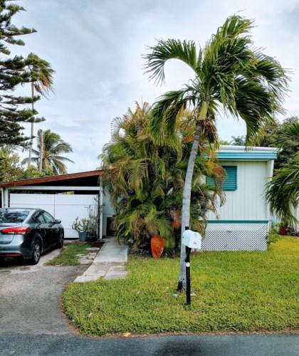 6800 Maloney Avenue, Stock Island, FL 33040