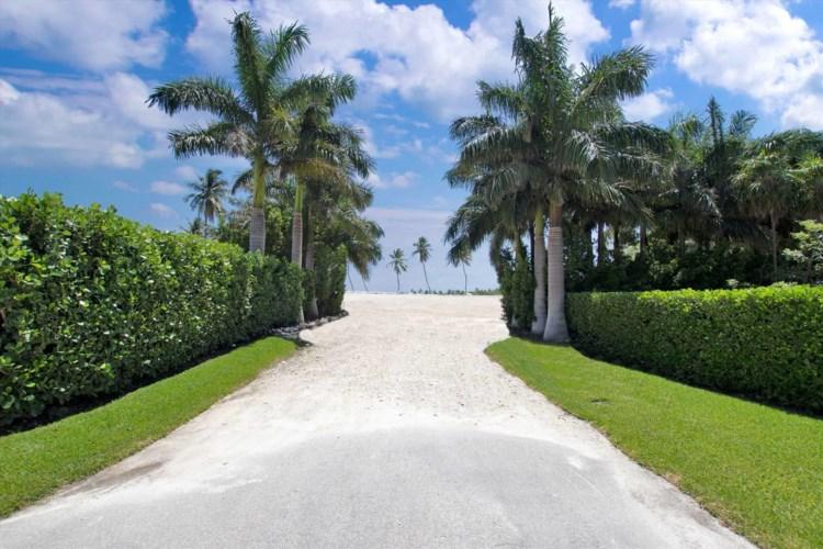 Plantation Point South Drive, Plantation Key, FL 33036