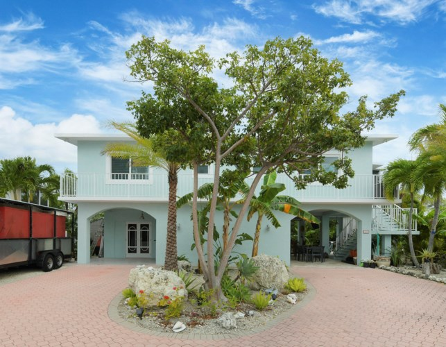 111 Captains Court, Key Largo, FL 33070