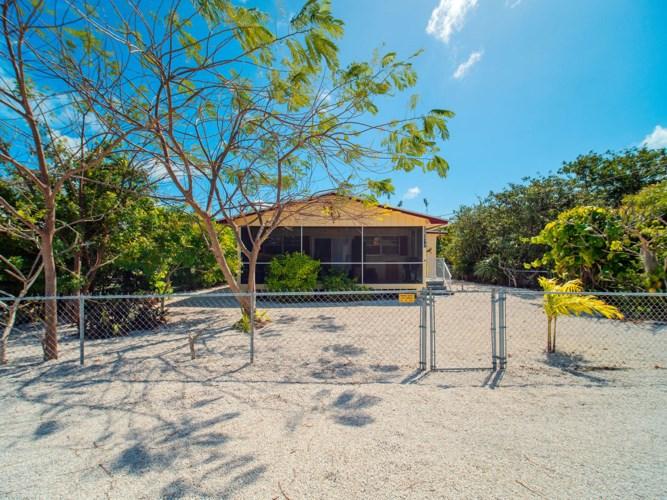 29312 Coconut Palm Drive, Big Pine Key, FL 33043