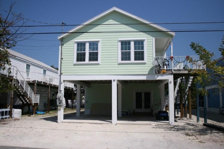 31067 Avenue C, Big Pine Key, FL 33043
