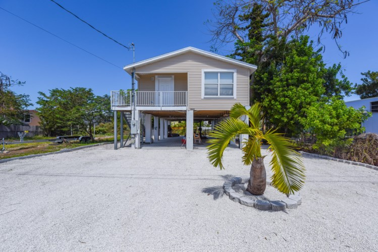 31243 Avenue E, Big Pine Key, FL 33043