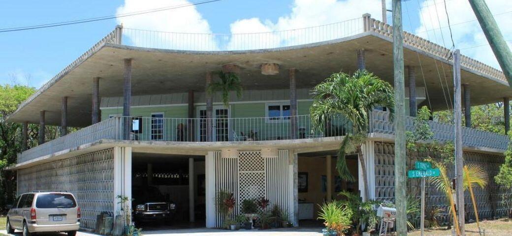 920 S Emerald Drive, Key Largo, FL 33037