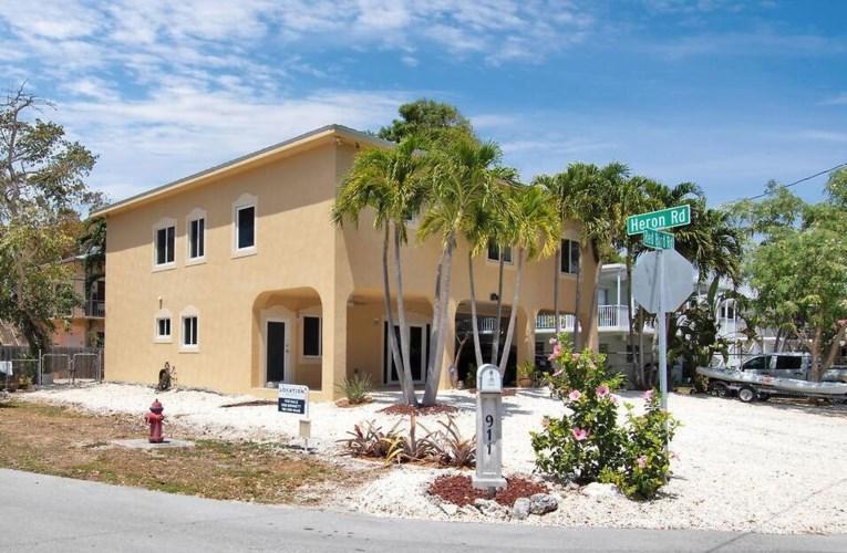 911 Red Bird Road, Key Largo, FL 33037