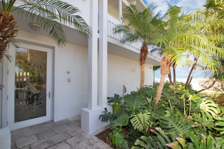 251 Plantation Avenue, Plantation Key, FL 33070