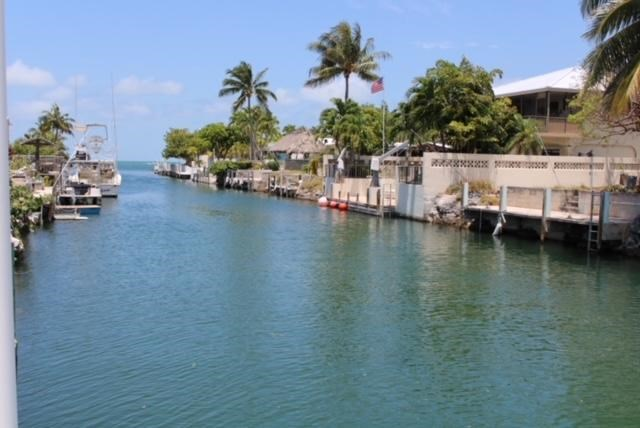 2700 Dolphin Drive, Marathon, FL 33050