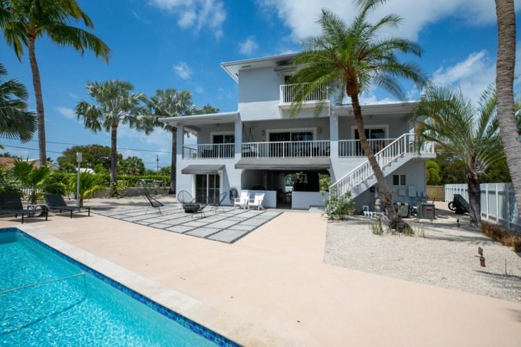 437 Laguna Avenue, Key Largo, FL 33037