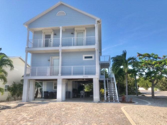 27451 Saint Croix Lane, Ramrod Key, FL 33042