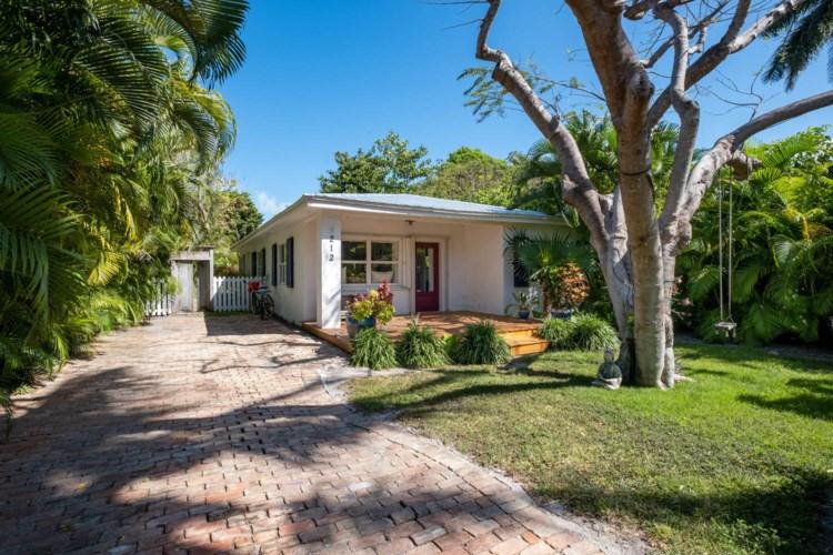 212 Preston Street, Upper Matecumbe Key Islamorada, FL 33036