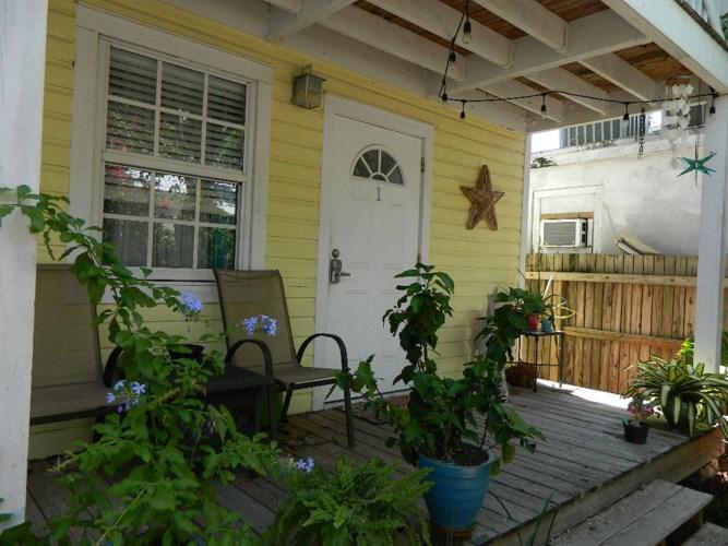 904 Terry Lane, Key West, FL 33040