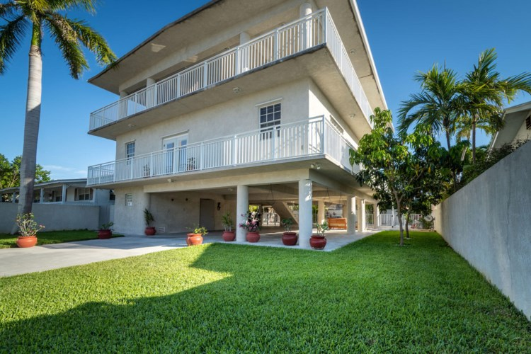 10 Beechwood Drive, Key Haven, FL 33040