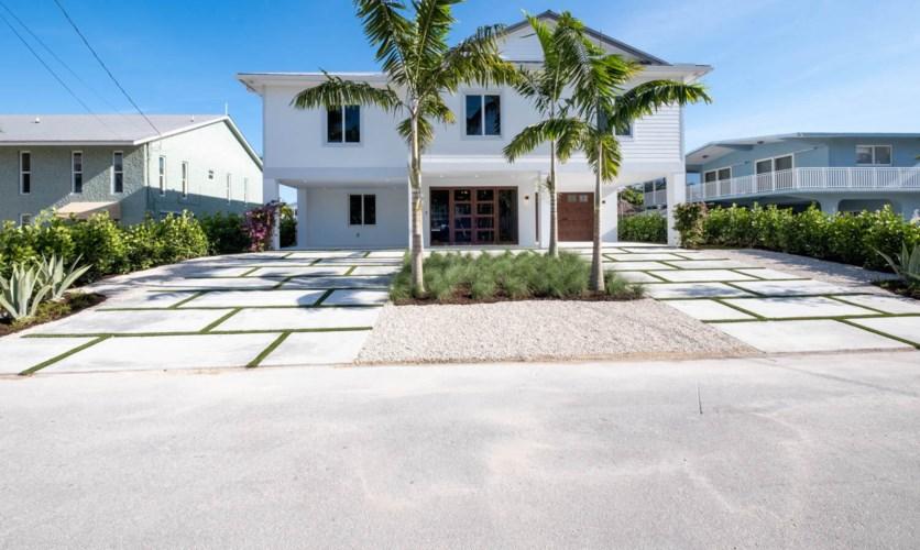 117 Mockingbird Road, Plantation Key, FL 33070
