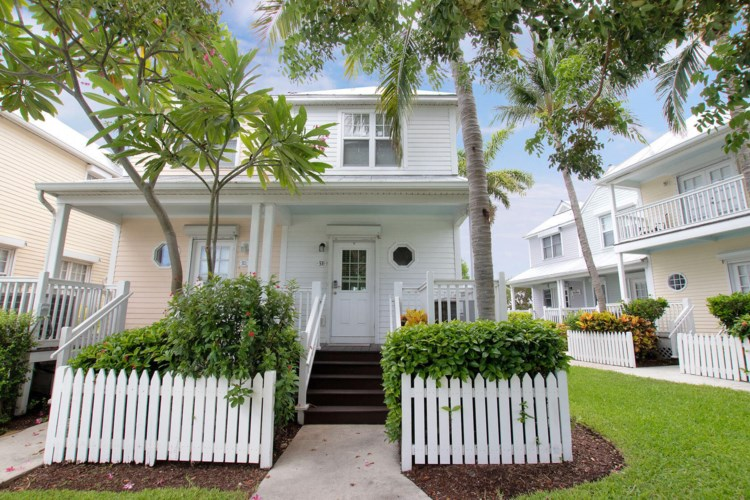 5110 Sunset Village Drive, Duck Key, FL 33050
