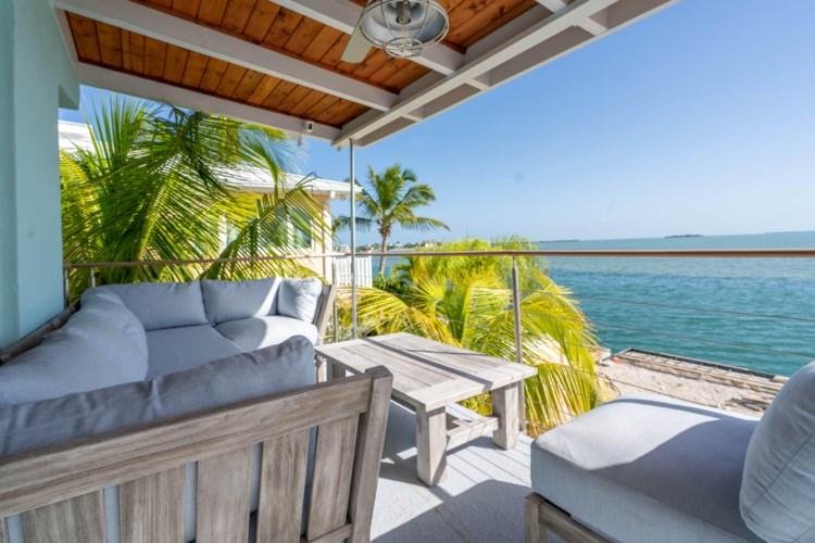 280 E Caribbean Drive, Summerland Key, FL 33042