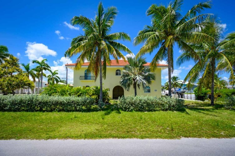 30363 Flamingo Lane, Big Pine Key, FL 33043