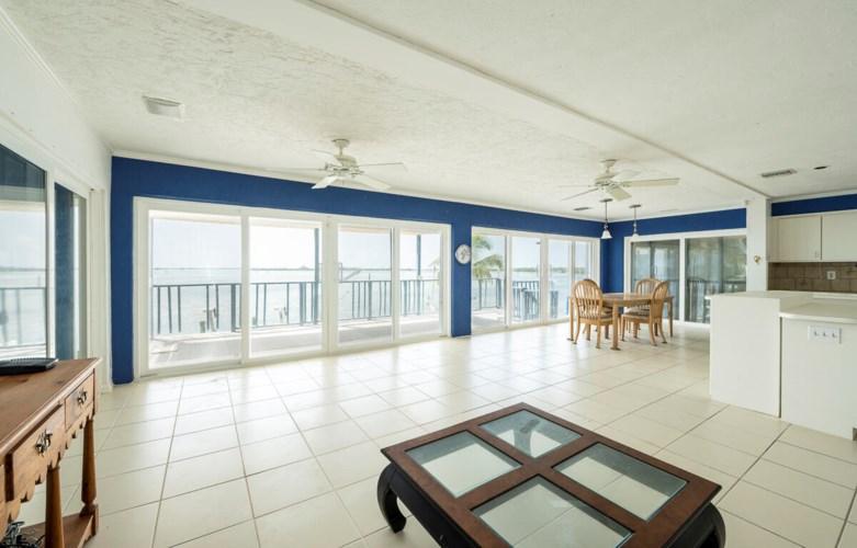 27440 W Indies Drive, Ramrod Key, FL 33042
