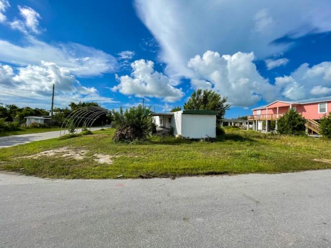 31380 Avenue G, Big Pine Key, FL 33043