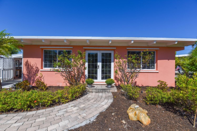 16 S Airport Drive, Summerland Key, FL 33042