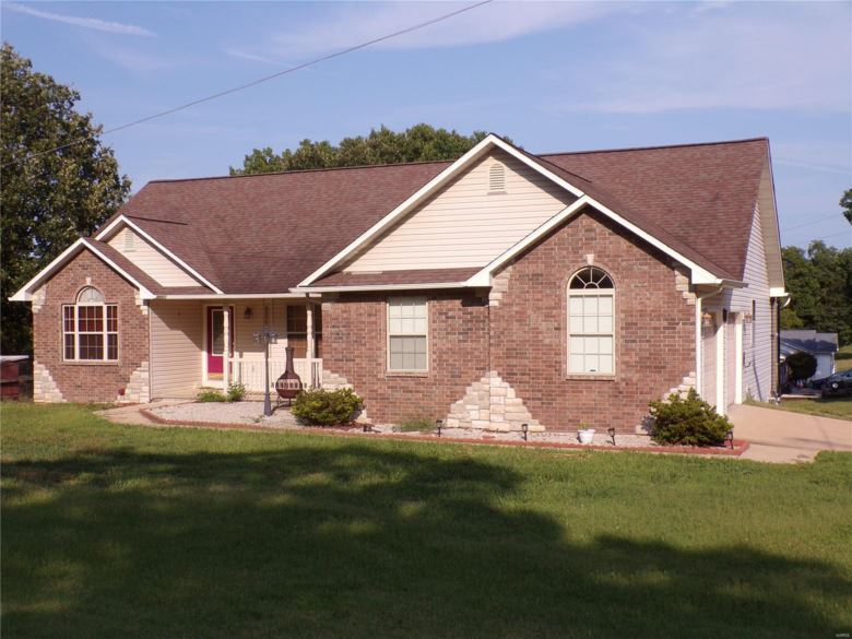 16765  Harmony Lane, St Robert, MO 65584