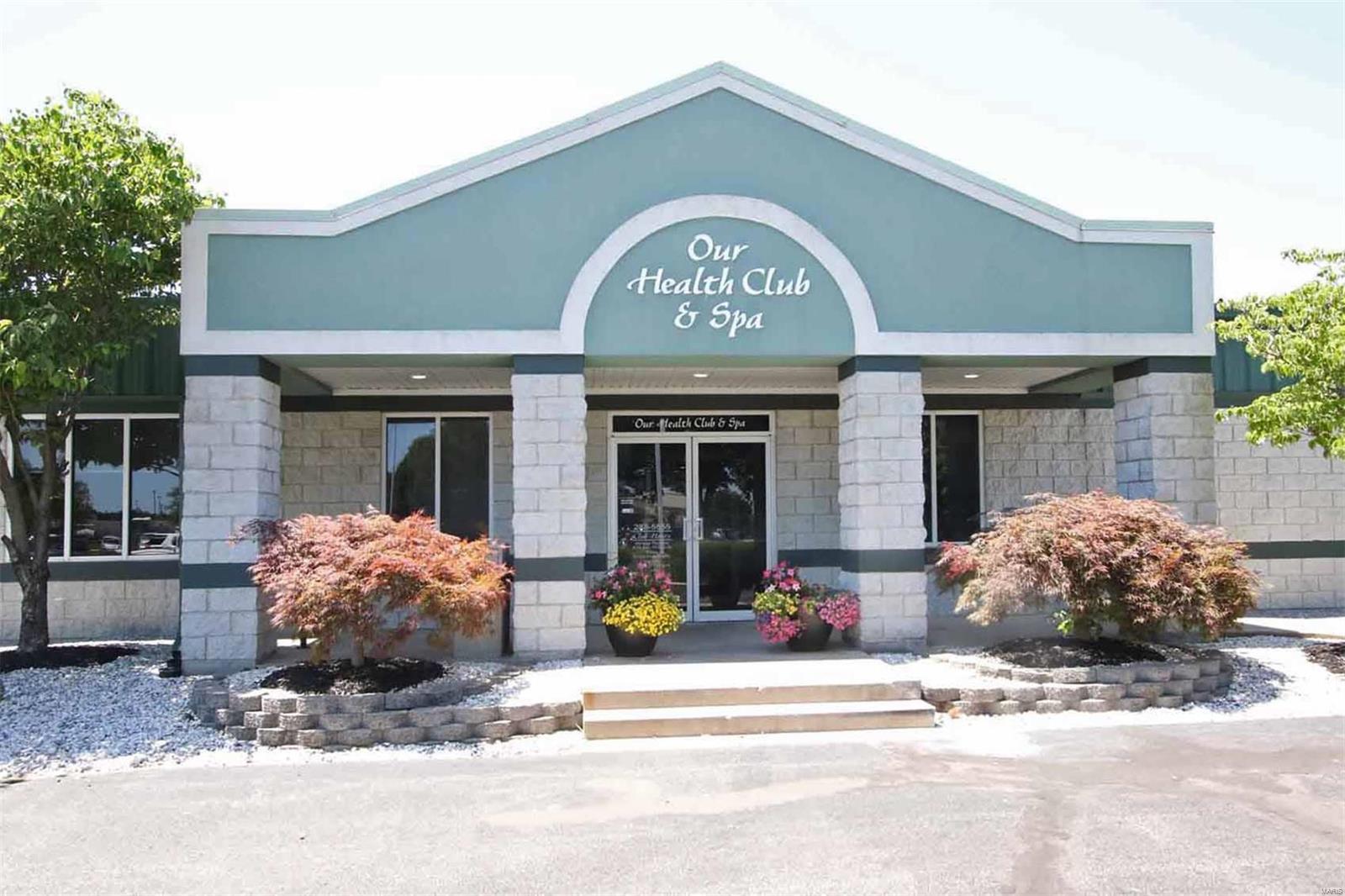 4 Cougar Drive, Glen Carbon, IL 62034