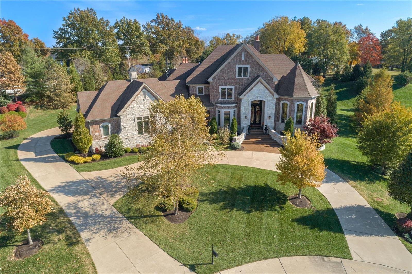 1203 Devonworth Drive, Town and Country, MO 63017