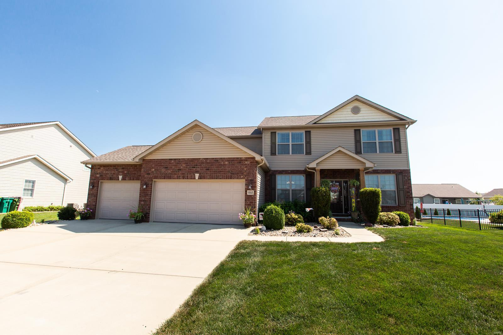 9668 Weatherby Street, Mascoutah, IL 62258