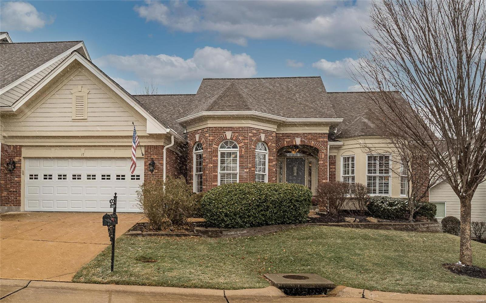 17 Picardy Hill , Chesterfield, MO 63017