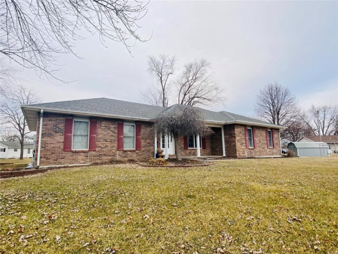 3 Elmore Court, Montgomery City, MO 63361